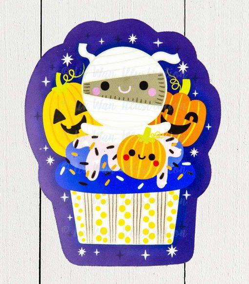 Mummy Cupcake Sticker
